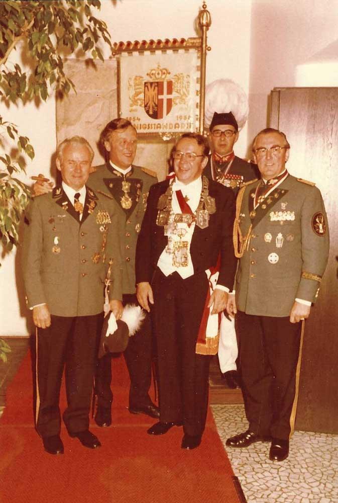 Gildemajor Herbrechter, Hubertusmajor Kistler, Schützenkönig Westphal, Adjutant Gondorf 1972.