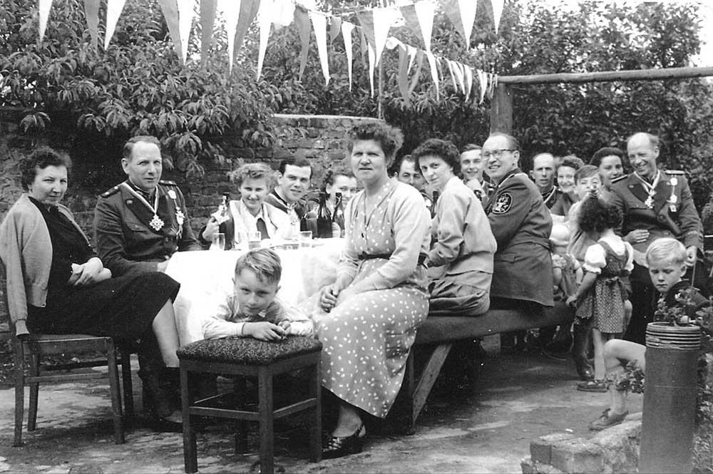 """Der erste Zug mit dem Namen """"Hirschfänger"""" im Jahre 1955"""