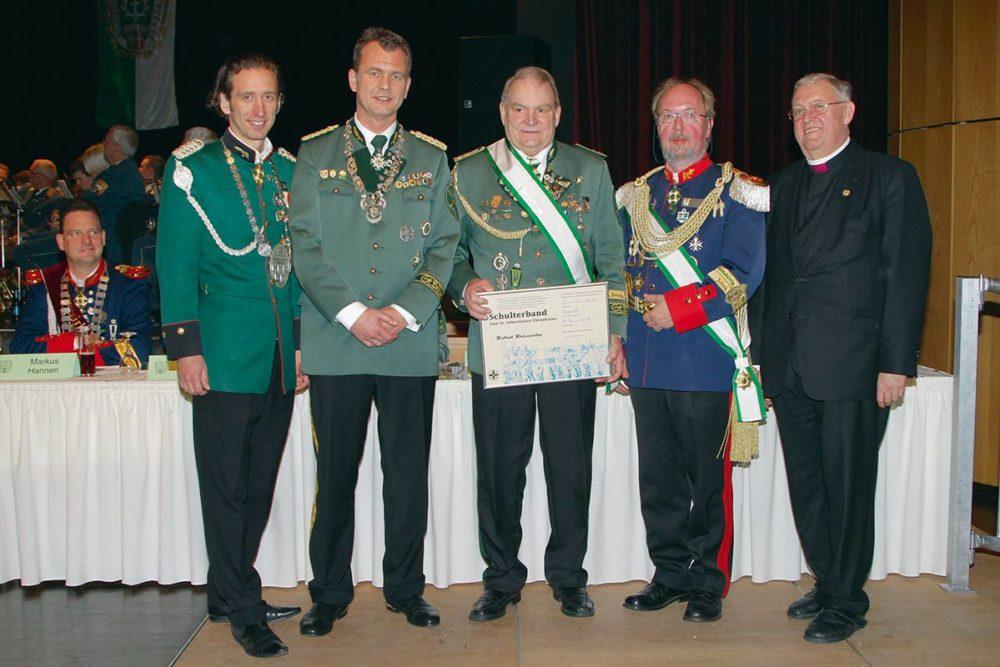 Hubert Weissweiler – Träger des Schulterbandes zum St. Sebastianus-Ehrenkreuz und Großmeister des Understatements!