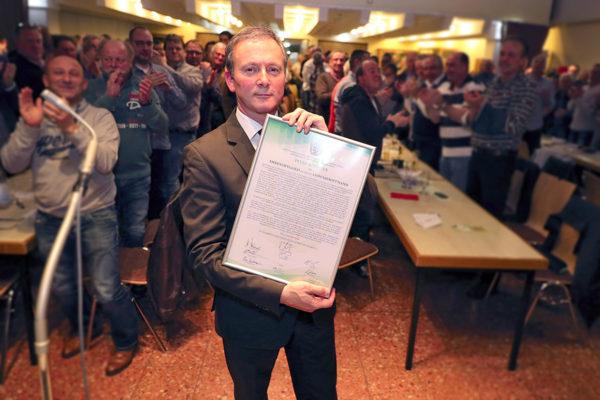 Neuer Ehrenhauptmann der Gesellschaft – Peter Schiefers Schritte im Neusser Schützenwesen